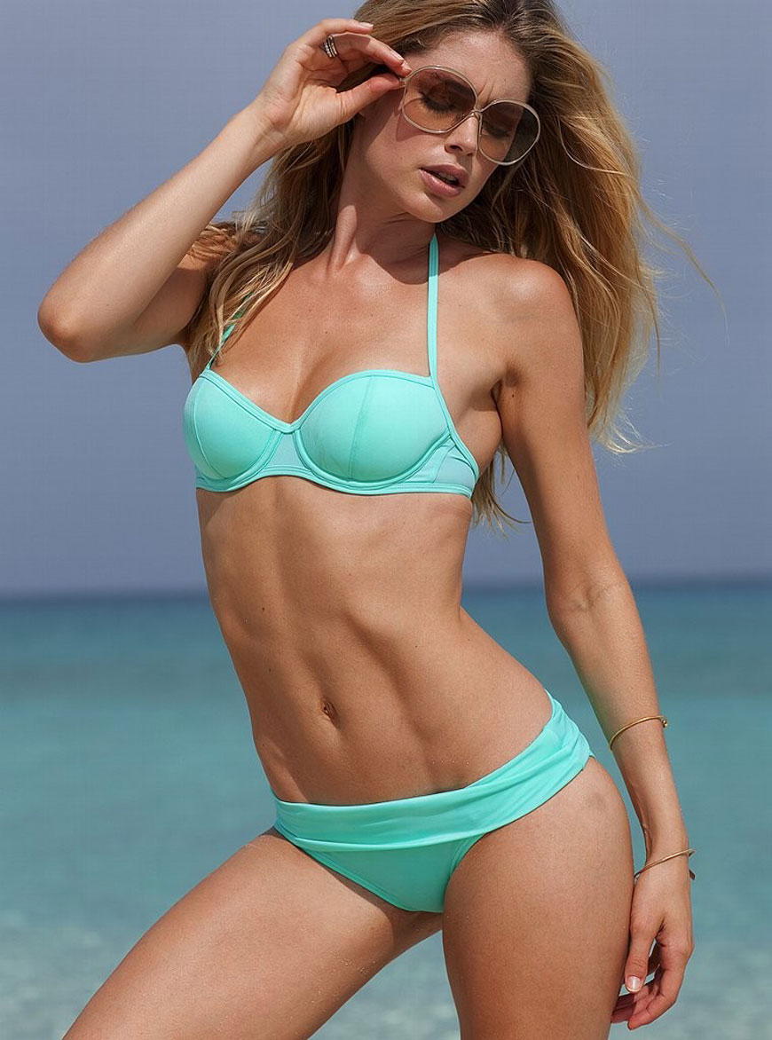 Doutzen Kroes - Victoria Secret Bikini (19)