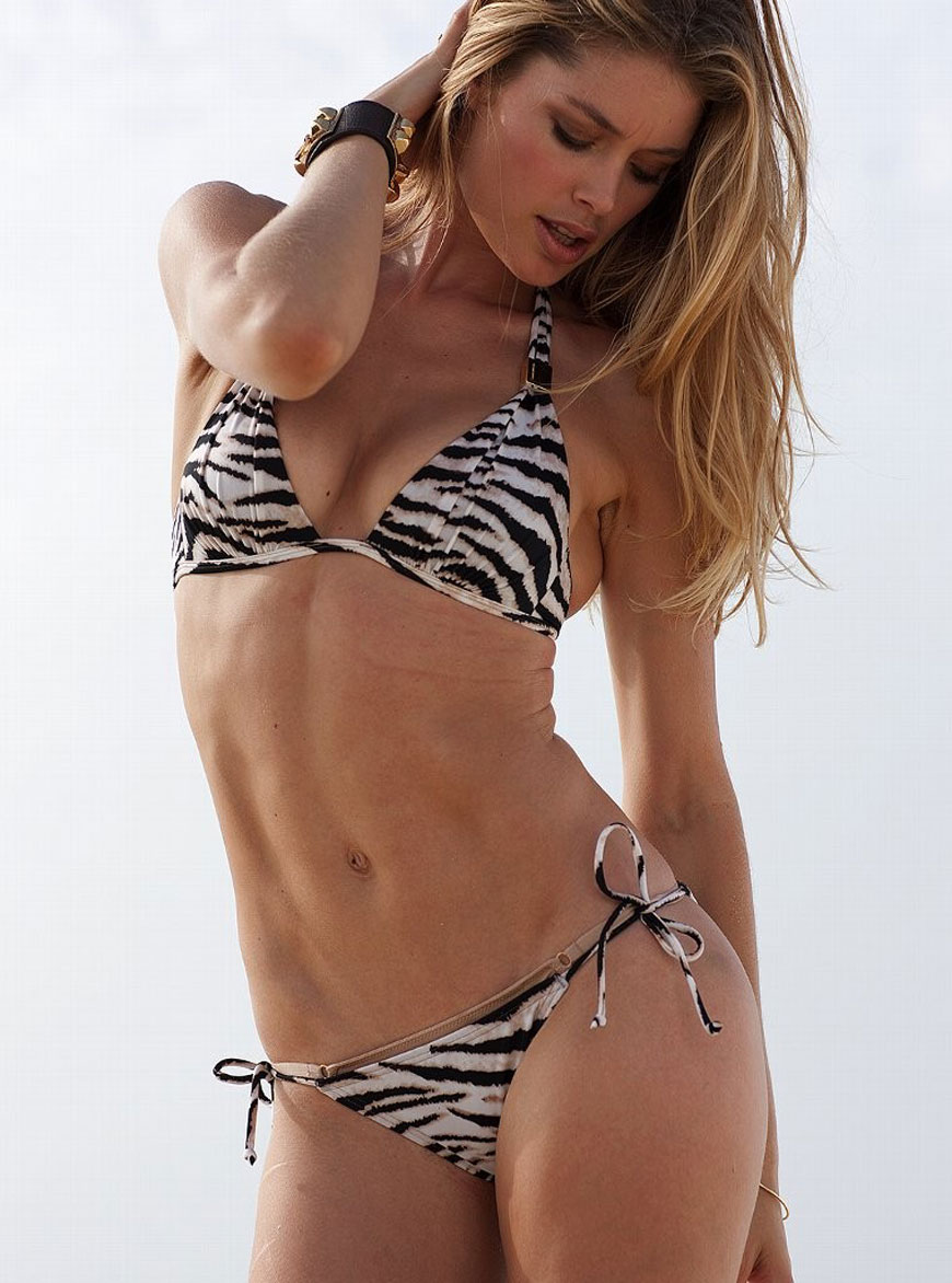 Doutzen Kroes - Victoria Secret Bikini (11)