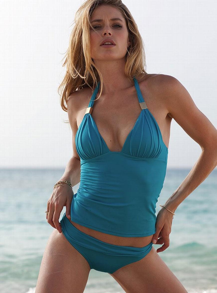 Doutzen Kroes - Victoria Secret Bikini (3)