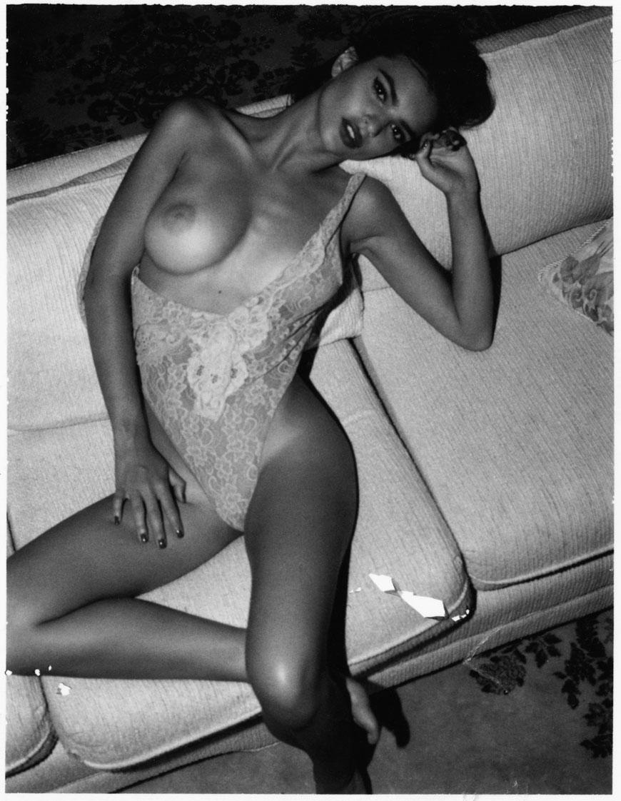 Emily Ratajkowski topless fotoshoot (21)