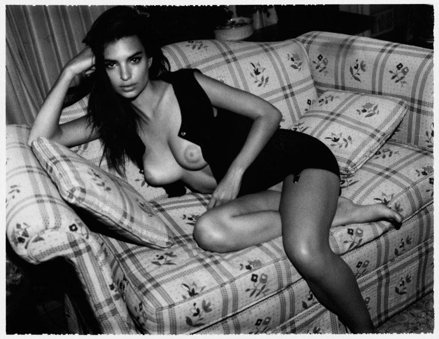 Emily Ratajkowski topless fotoshoot (15)