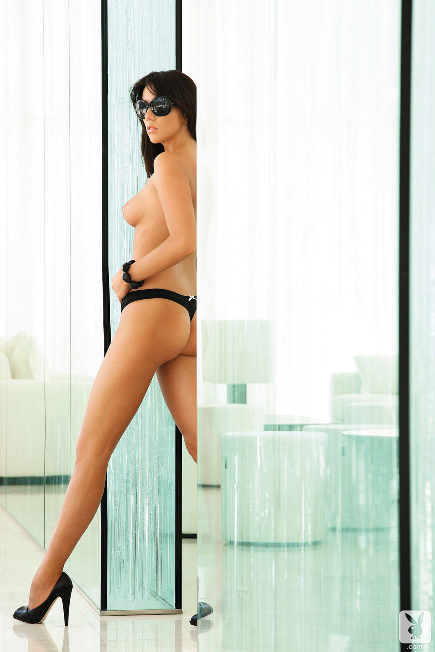 Josipa Marusic Glass - Playboy (20)