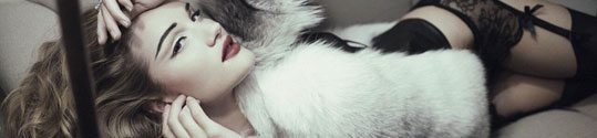 rosie-huntington-whiteley-topless-voor-ten-times.jpg
