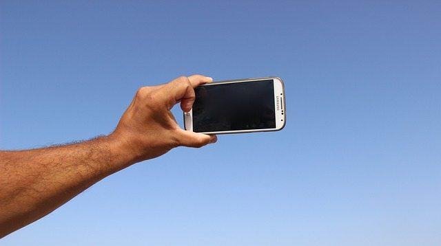 take selfie photo